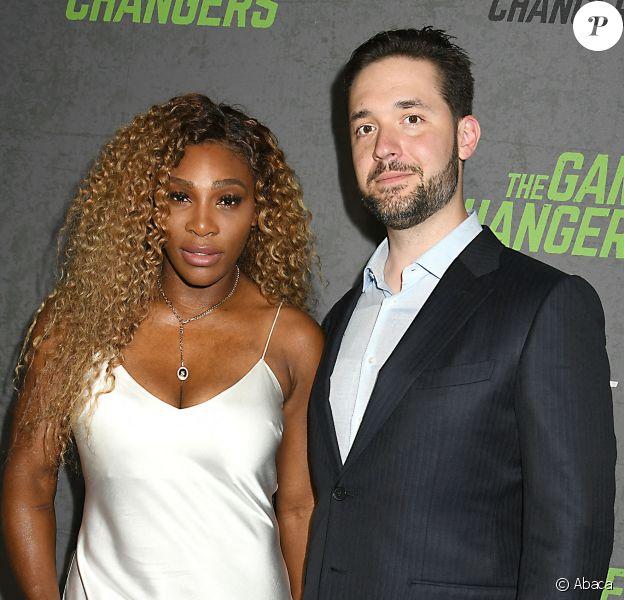 """Serena Williams accompagne son mari Alexis Ohanian à l'avant-première du documentaire """"The Games changers"""" organisée à Regal Battery Park, à New York, le 9 septembre 2019."""