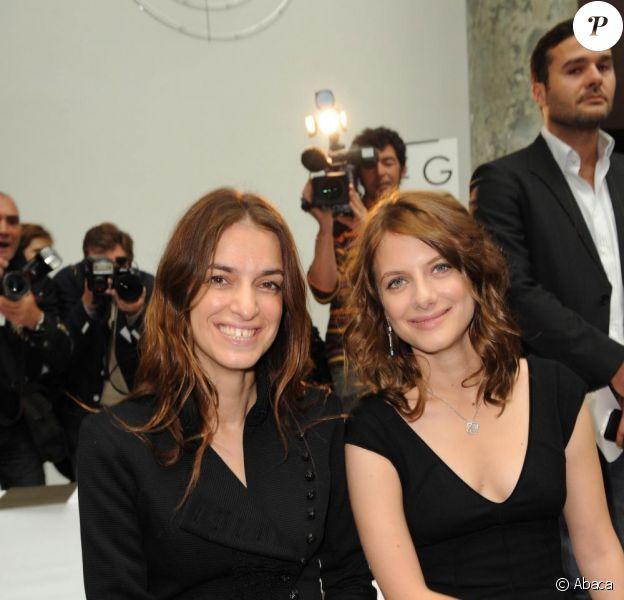 Joanna Preiss et Mélanie Laurent au défilé Elie Saab, au Pavillon Cambon Capucines. 08/07/09