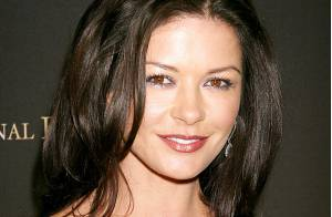 La plus belle femme du monde : Catherine Zeta-Jones devance Brigitte Bardot...