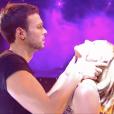 Hugo Philip prépare une rumba en hommage à sa chérie Caroline Receveur pour le second prime de Danse avec les stars le 28 septembre 2019.