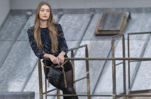 Défilé Chanel : Une youtubeuse s'incruste sur le podium, Gigi Hadid la vire