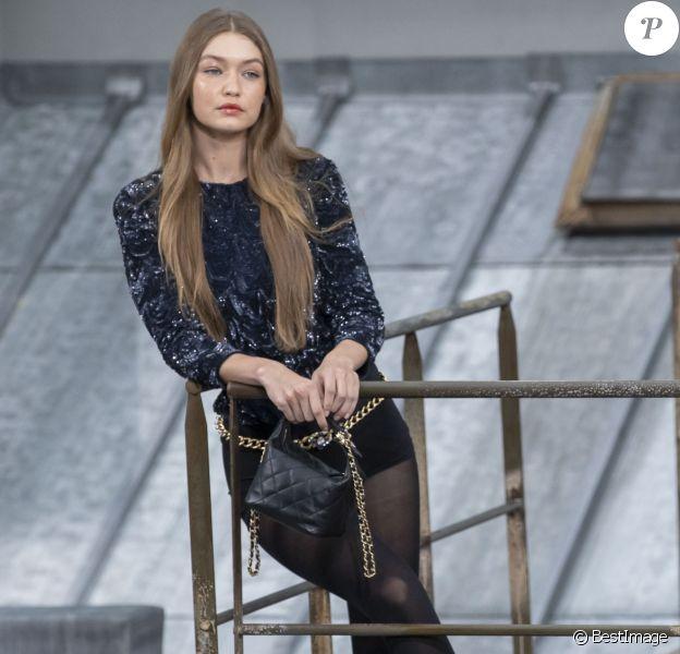 Gigi Hadid - Défilé de mode Chanel, collection PAP printemps-été 2020 au Grand Palais à Paris. Le 1er octobre 2019.