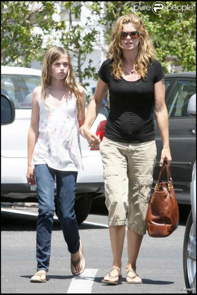 Kathy Ireland et sa fille de 10 ans, Lilly, en route pour l'église