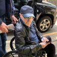 Exclusif - Phil Collins arrive à l'Infinite Energy Center, à Atlanta, en fauteuil roulant. Le 1er octobre 2019.