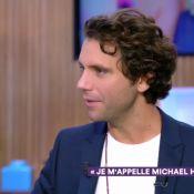 """Mika : Rares confidences sur son couple """"traditionnel"""" avec Andy"""