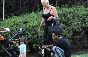 Brigitte Nielsen 56 ans : sa fille Frida, 16 mois, fait ses premiers pas
