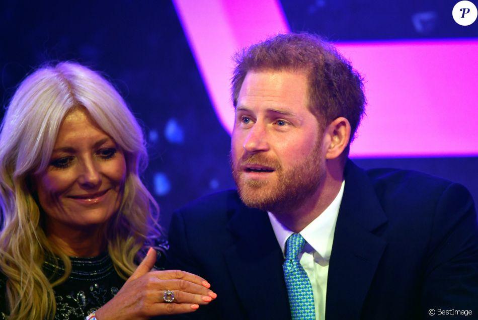 """Le prince Harry, duc de Sussex, lors du """"WellChild Awards"""" à l'hôtel Royal Lancaster à Londres. Le 15 octobre 2019"""