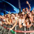 """Image du Sziget Festival 2019, qui a attiré 530 000 festivaliers sur son """"île de la liberté"""", avec à l'affiche des stars comme Ed Sheeran, les Foo Fighters, Jain, Post Malone ou encore Years & Years."""