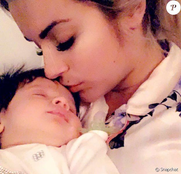 Sur Snapchat, le 6 novembre 2019, Carla Moreau et Kevin Guedj partagent des images de la fête de naissance de Ruby.