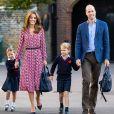 """Le prince William et Kate Middleton, duchesse de Cambridge, emmènent leur fille la princesse Charlotte de Cambridge avec leur fils le prince George à l'école """"Thomas's Battersea"""" le jour de la rentrée scolaire, le 5 septembre 2019."""