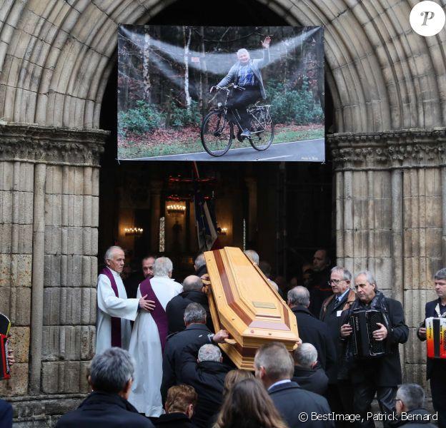 Illustration - Obsèques de Raymond Poulidor en l'église de Saint-Léonard-de-Noblat. Le 19 novembre 2019 © Patrick Bernard / Bestimage