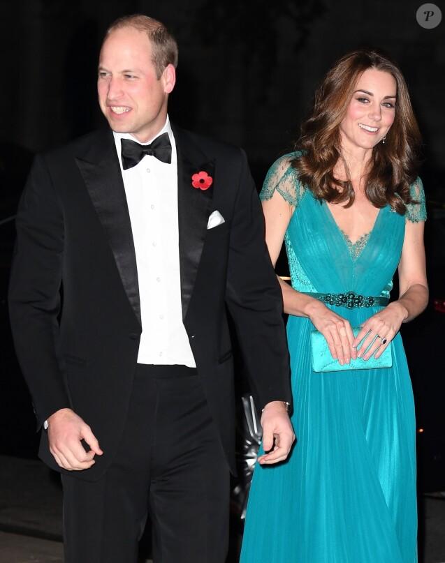 """Le prince William, duc de Cambridge, Kate Middleton, duchesse de Cambridge arrivant à la remise des prix """"Tusk Conservation Awards"""" à la Maison des banquets à Londres le 8 novembre 2018."""