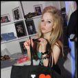 La chanteuse canadienne Avril Lavigne s'éclate au VIP Room, à Saint-Tropez, le 22 juillet 2009 !