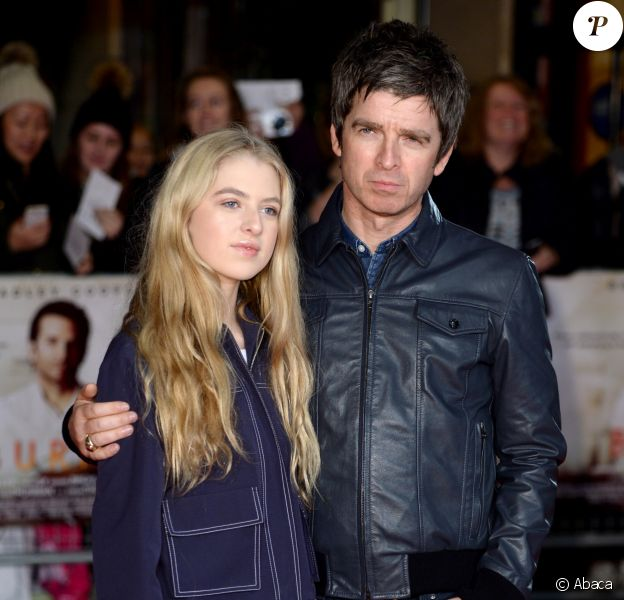 Noel Gallagher et Anais Gallagher à Londres le 28 octobre 2015.