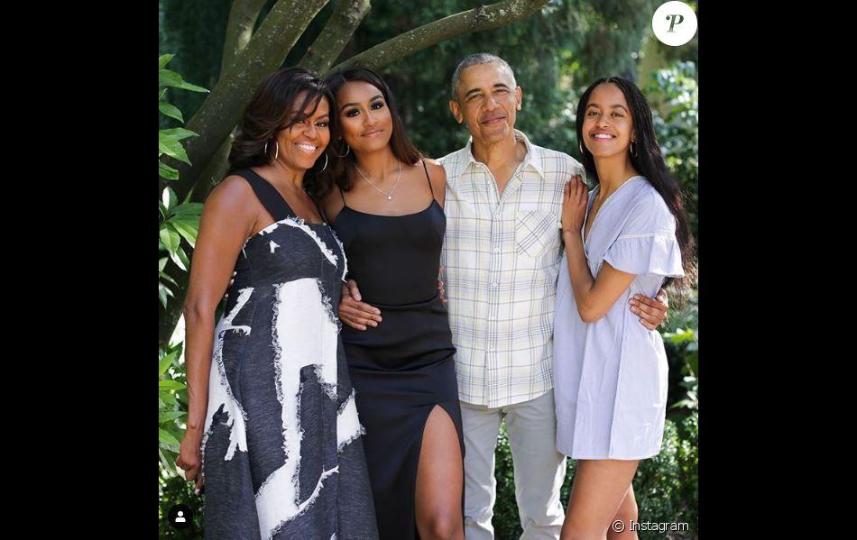 Michelle Obama publie une photo de famille sur Instagram le 28 novembre 2019.