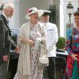 La reine Margrethe II de Danemark arrive au mariage du prince Christian de Schaumburg-Lippe et de Lena, près de Hambourg, le 25 juillet 2009