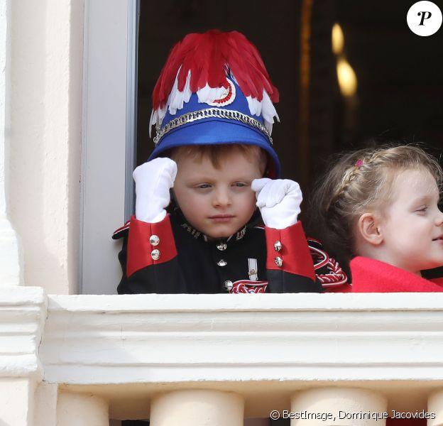 Le prince Jacques, la princesse Gabriella - La famille princière de Monaco au balcon du palais lors de la Fête nationale monégasque à Monaco. Le 19 novembre 2019 © Dominique Jacovides / Bestimage