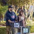 Exclusif - Kevin Federline et son fils Jayden Federline à la librairie Barnes & Noble. Los Angeles, le 28 octobre 2019.