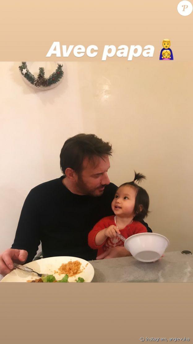 Angie (Angela) Vu Ha a publié une photo de Samuel Le Bihan avec leur fille Emma-Rose dans ses stories Instagram le 20 décembre 2019.