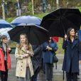 Le roi Felipe VI d'Espagne, la reine Letizia, la princesse Leonor et l'infante Sofia le 19 octobre 2019 en visite à Asiegu, Village modèle des Asturies 2019.