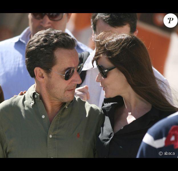 Mariage De Nicolas Sarkozy Et Carla Bruni Closer Et Paris Match Avancent Leur Date De Parution Purepeople