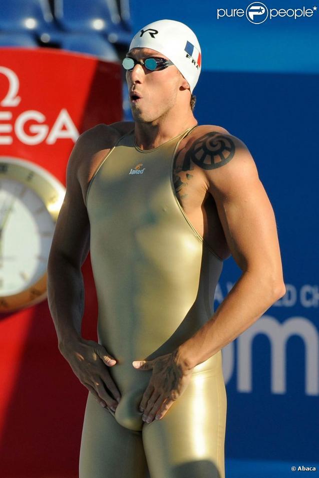 Frédérick Bousquet au départ de sa demi-finale du 100 m nage libre, lors des Championnats du monde de natation, en juillet 2009