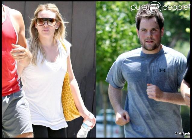Hilary Duff et son petit ami Mike Comrie font du sport chacun avec son propre coach sportif le 22 juillet 2009