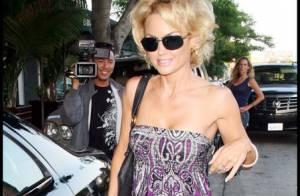 Kelly Carlson : La bombe de Nip/Tuck met deux fois la même robe... Beurk !