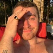 Sam Smith fesses nues sur la plage : le chanteur vit sa vida loca au Costa Rica