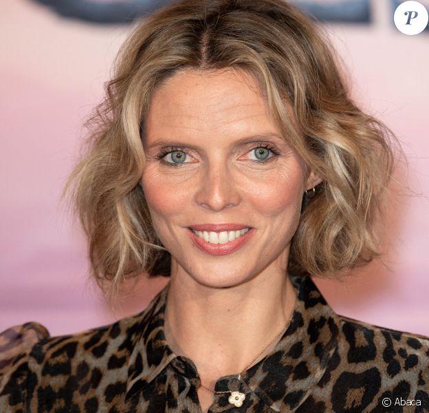 """Sylvie Tellier - Première du film """"La Reine des Neiges 2"""" au cinéma Le Grand Rex de Paris. Le 13 novembre 2019. @David Niviere/ABACAPRESS.COM"""