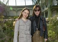 Caroline de Monaco : Discrète au défilé Chanel avec sa fille Alexandra