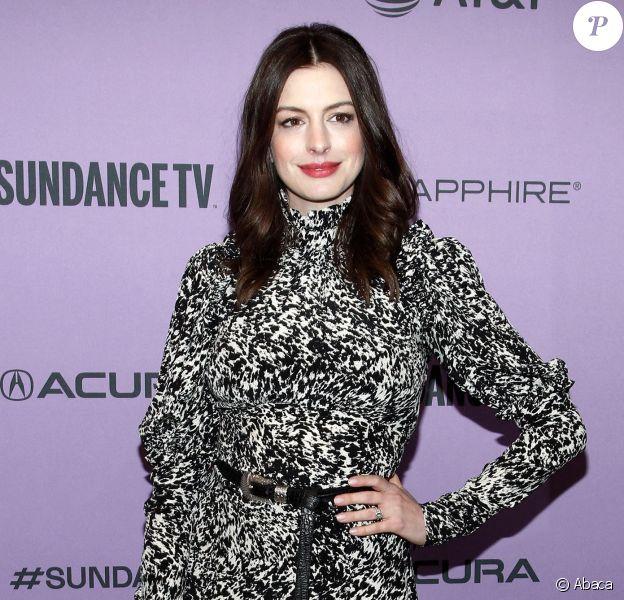 """Anne Hathaway - Première du film """"The Last Thing He Wanted"""" au Festival du Film de Sundance à Park City, dans l'Utah, le 27 janvier 2020."""