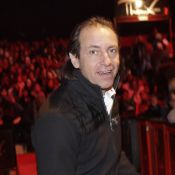Philippe Candeloro soutient Sarah Abitbol et accuse le milieu de fermer les yeux