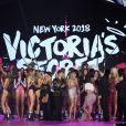 Mannequins et chanteurs pour le final lors du défilé Victoria's Secret au Pier 94 à New York, le 8 novembre 2018. © Morgan Dessalles/Bestimage
