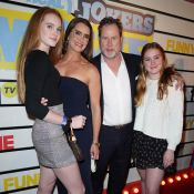 Brooke Shields : Maman stylée avec son mari et leurs deux adolescentes