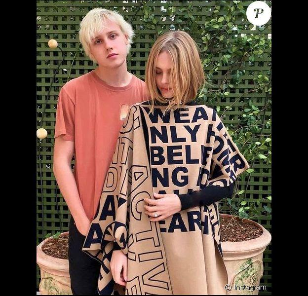Lucas Portman et sa mère Natalia Vodianova. Janvier 2020.