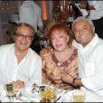 Orlando, Régine et François Bennaceur à l'anniversaire de Massimo Gargia et Monica Bacardi au Stefano Forever, à Saint-Tropez. 20/08/09