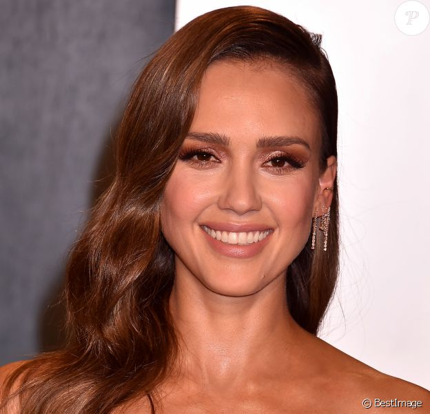 "Jessica Alba - People à la soirée ""Vanity Fair Oscar Party"" après la 92ème cérémonie des Oscars 2020 au Wallis Annenberg Center for the Performing Arts à Los Angeles, le 9 février 2020."