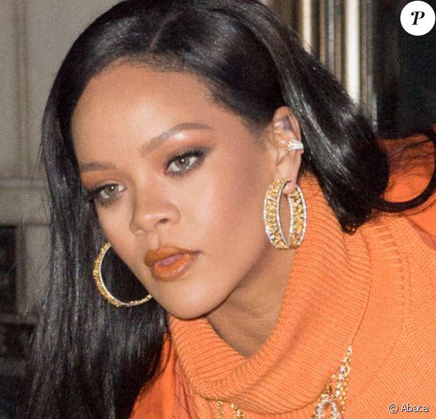 Rihanna arrive chez Bergdorf Goodman pour un lancement de sa marque Fenty à New York le 7 février 2020. @Dario Alequin/Splash News/ABACAPRESS.COM