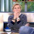 Anne-Elisabeth Lemoine craque et ose une phrase coquine dans C à vous, 15 mai 2020, France 5