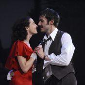Julien Boisselier fait tout pour séduire Anne Brochet... mais François Vincentelli rôde !