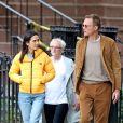 Exclusif - Jennifer Connelly et son mari Paul Bettany se promènent à New York, le 9 octobre 2019.