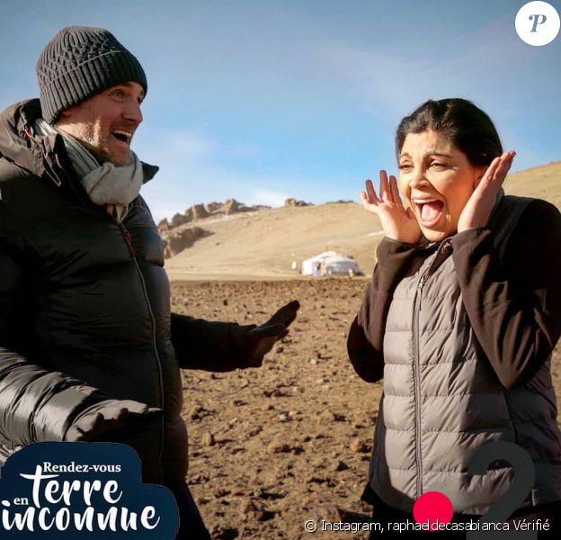 Raphael de Casabianca a partagé sur Instagram cette photo de lui et Nawell Madani en Mongolie, pour Rendez-vous en terre inconnue. France 2, diffusion le 26 mai 2020.