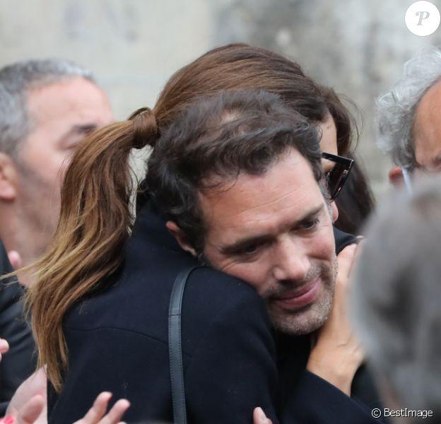 Doria Tillier et Nicolas Bedos, Elsa Zylberstein - Hommage à Guy Bedos en l'église de Saint-Germain-des-Prés à Paris le 4 juin 2020.