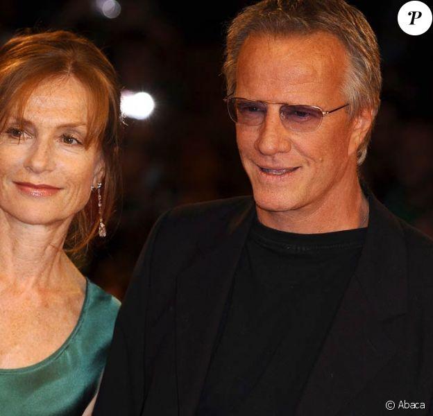 Christophe Lambert et Isabelle Huppert ont présenté White Material, à l'occasion de la 66e Mostra de Venise, le 6 septembre 2009 !