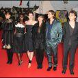 Les jolies Maïwenn, Aïssa Maïga, Louise Monot et Romane Bohringer, entourent Raphaël, à l'occasion de la présentation de  Me and Orson Welles , lors du 35e Festival du Film Américain de Deauville, le 6 septembre 2009 !