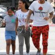 Matt Pokora, sa compagne Christina Milian enceinte et sa fille Violet Nash, Los Angeles, le 3 août 2019.