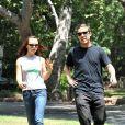 Christina Ricci et son nouveau petit ami se promènent dans Los Feliz le 23 août 2009