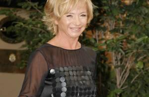 Claudia Schiffer... juste divine pour Alberta Ferretti !