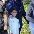 Cristiano Ronaldo se promène avec sa compagne Georgina Rodriguez et son fils Cristiano Jr. à Madrid, le 31 janvier 2018.